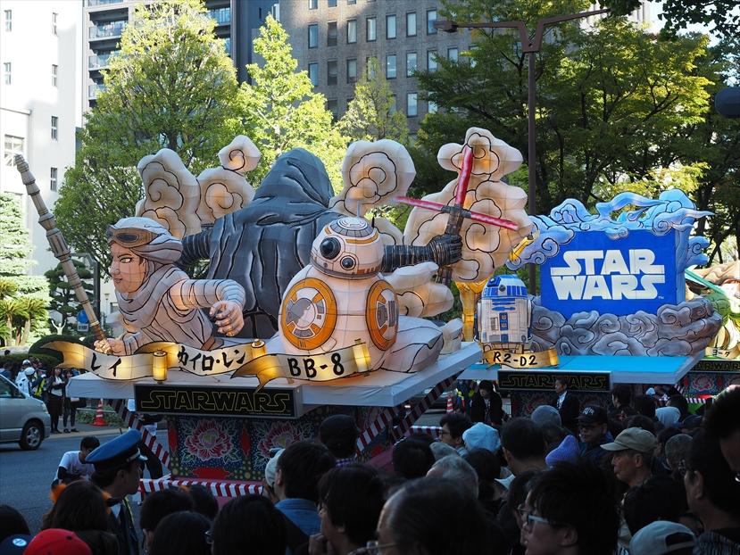 川崎ハロウィンスターウォーズパレードのねぷた1