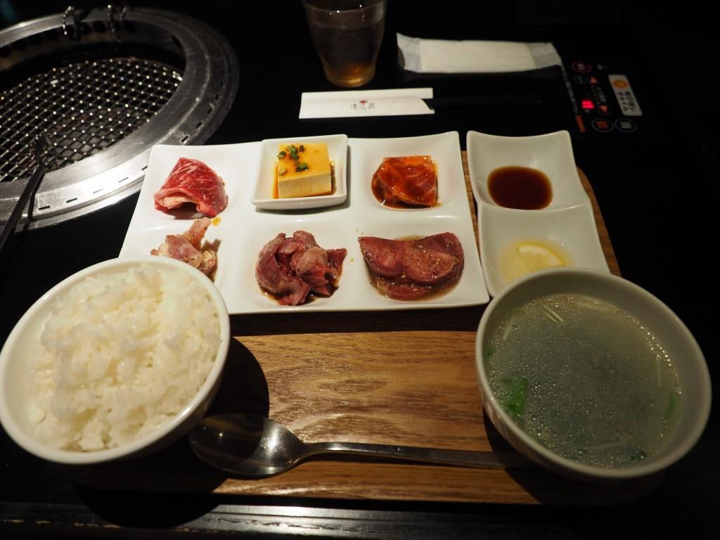 焼肉清江苑 原宿店の5種盛りランチ