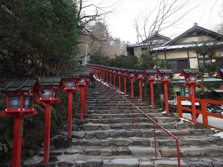 貴船神社の階段2