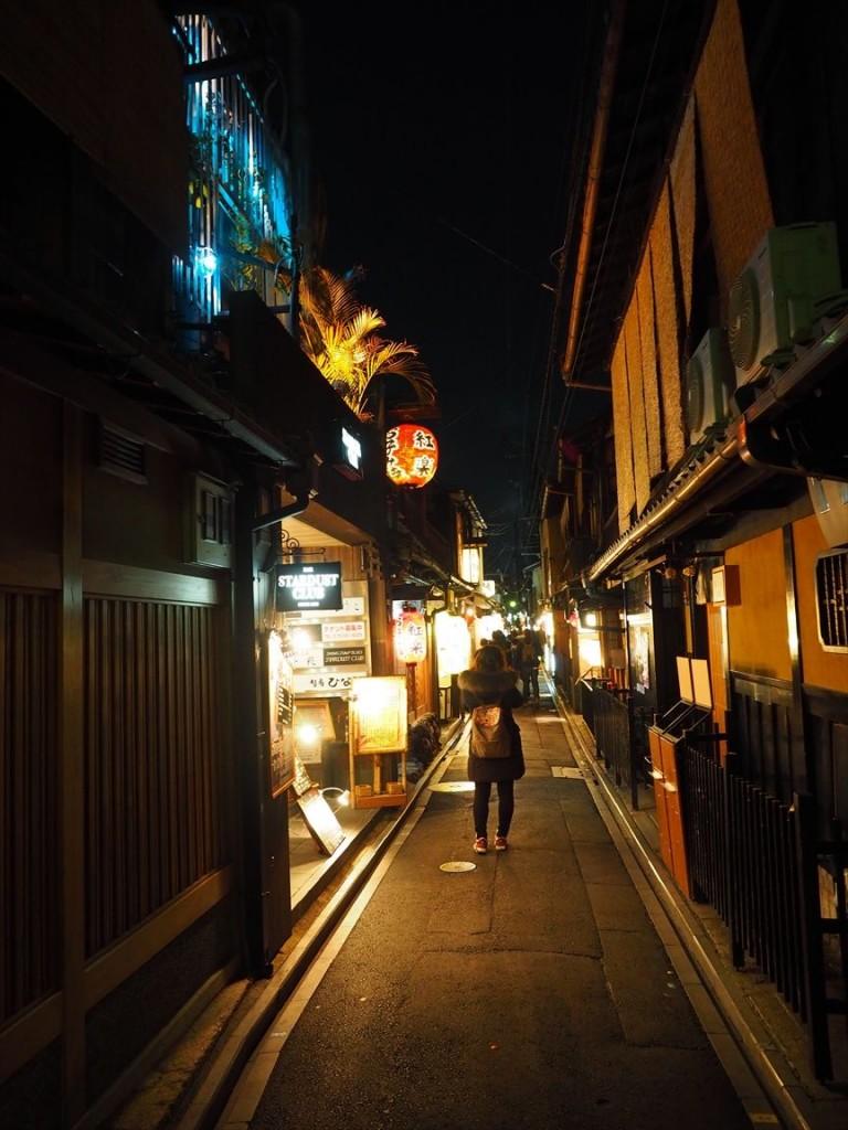 夜の先斗町