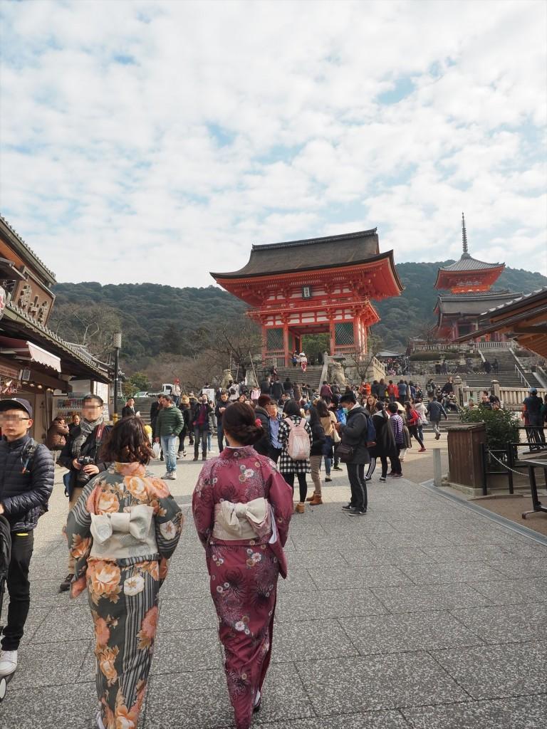 清水寺への門