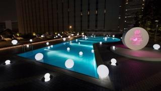 東京の夏の夜遊び「ナイトプール」が人気と聞いて調べてみた