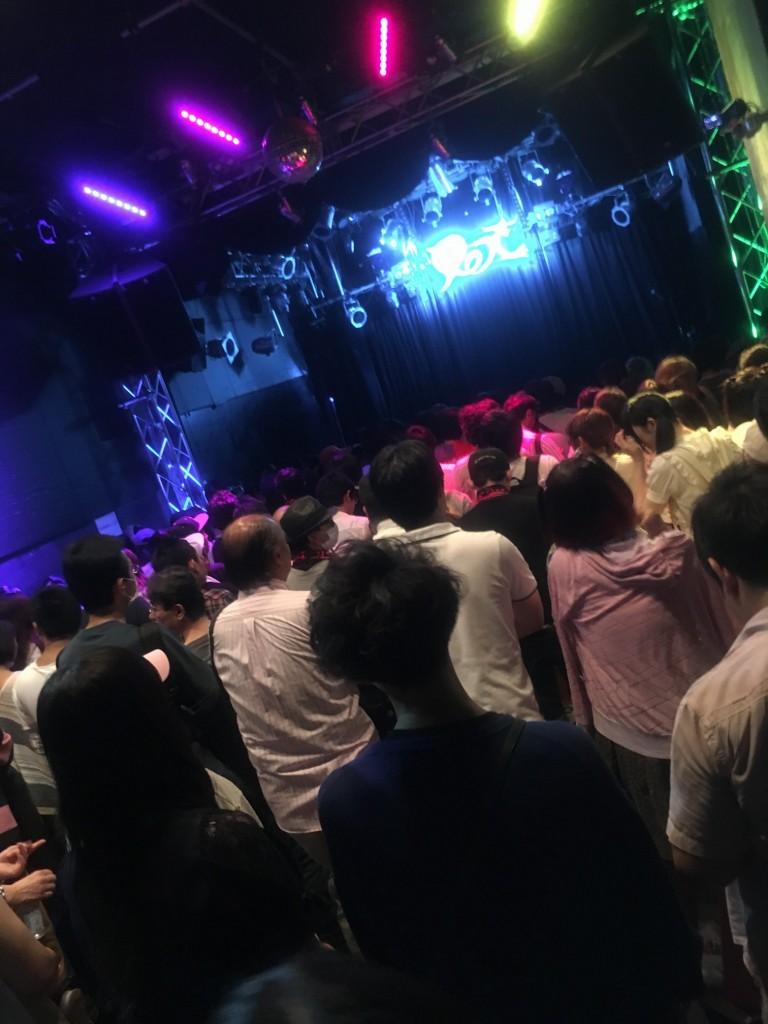 渋谷REXに集まった@民