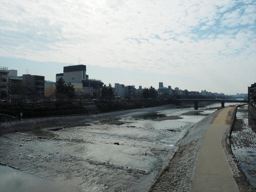 四条大橋から見る鴨川