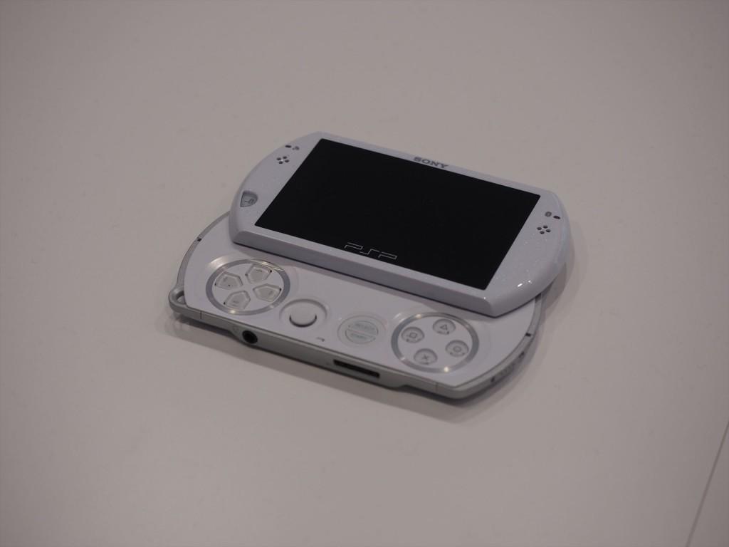 PSPGOも2009年発売