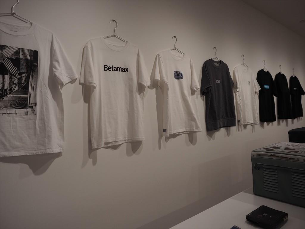 SONYデザインのTシャツ